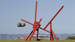 SFMOMA Borrows Crissy Field for a Year for Mark di Suvero-