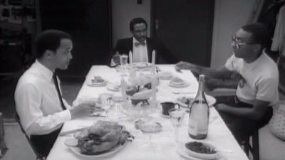 8 Ways to Conduct Your Thanksgiving Dinner, According to Movies-