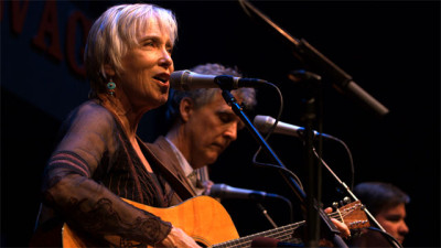 "Laurie Lewis and the Right Hands in concert at Berkeley's Freight & Salvage. The Grammy-winning artist has lived in Berkeley ""pretty much since I was 8 years old."