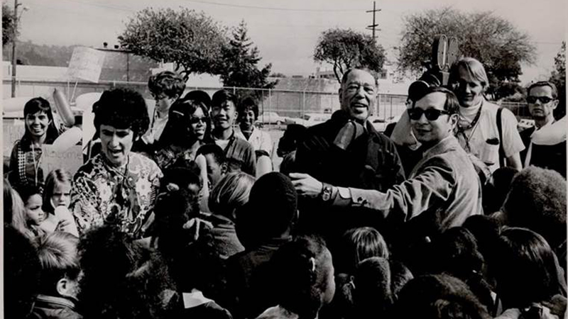 Duke Ellington arrives with Dr. Herb Wong (in sunglasses) to perform for Berkeley schoolchildren in 1969