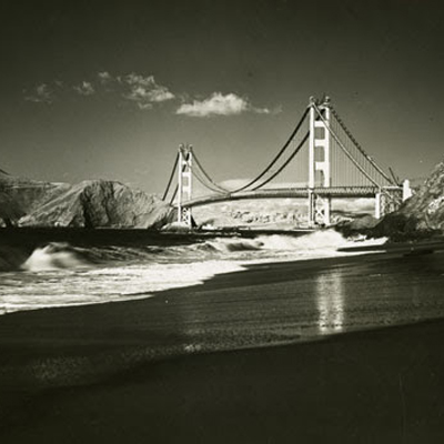 Ted Huggins, <i>View of the bridge from Baker Beach</i>, 1937</i>; Courtesy of the California Historical Society