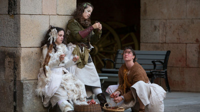 Maria Leigh, Julie Douglas and Caroline Parsons as the Weyard Sisters in We Players' Macbeth at Fort Point;
