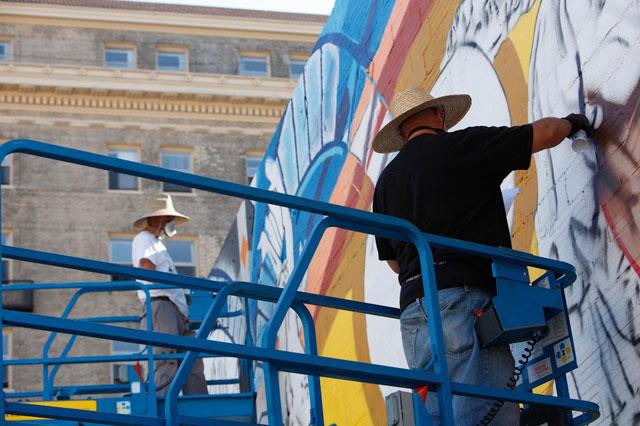 Desi Mundo and Pancho Peskador painting.