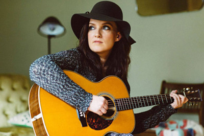 Brandy Clark. Photo Becky Fluke