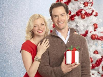 Amy Smart and Mark-Paul Gosselaar star in '12 Dates of Christmas.' ABC Family