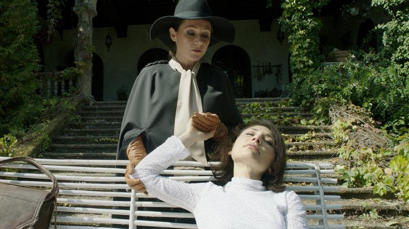 Cynthia (Sidse Babett Knudsen) and Evelyn (Chiara D'Anna) in The Duke of Burgundy