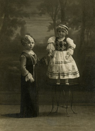 Elizabeth the Living Doll, the Smallest Perfect-Formed Woman on Earth, Panama-Pacific International Exposition. Courtesy of Donna Ewald Huggins.