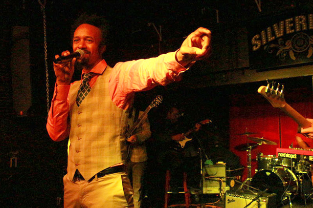 Performing at Silverlake Lounge, Dec. 2014. (Photo: fantasticnegrito.com)