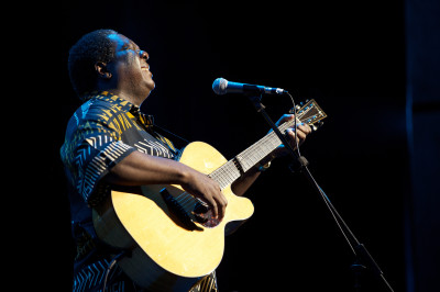 Vusi Mahlasela at the Lyric Theatre