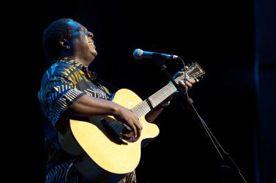 Vusi Mahlasela at the Lyric Theatre