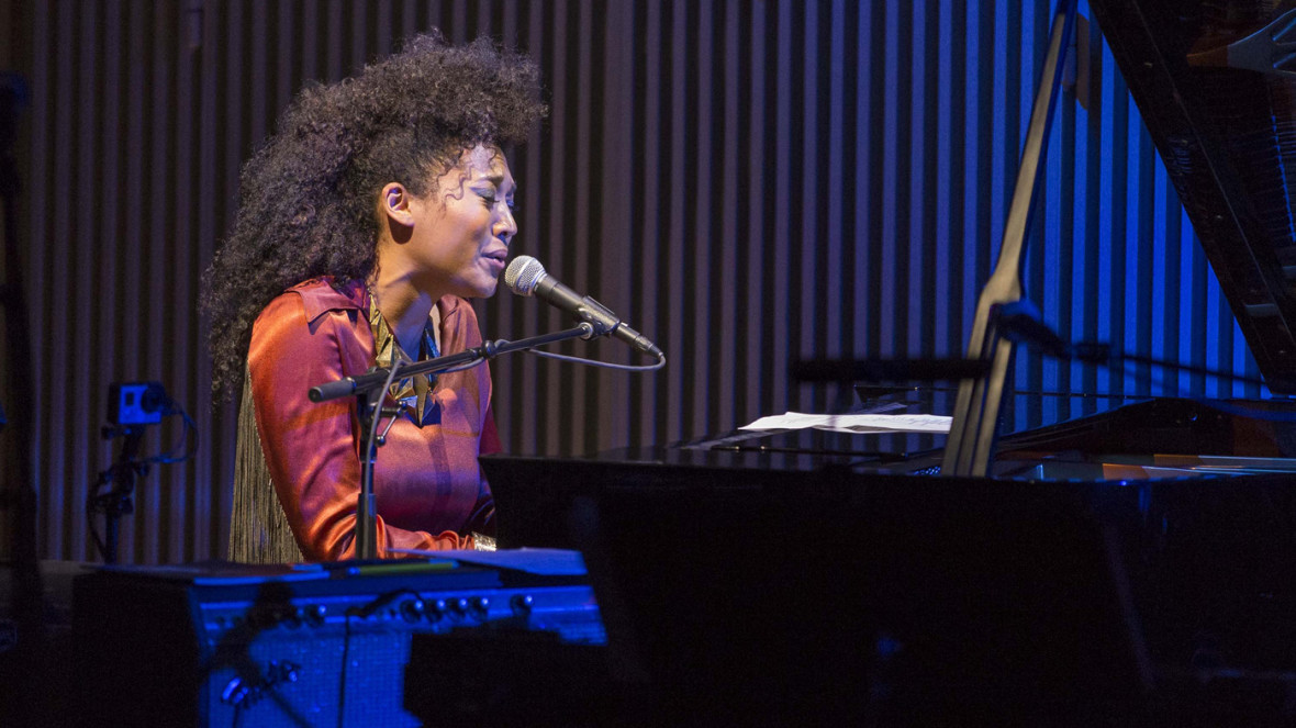 Judith Hill performs at SFJAZZ's Joni Mitchell tribute, May 8, 2015. (Photo: Drew Altizer Photography)