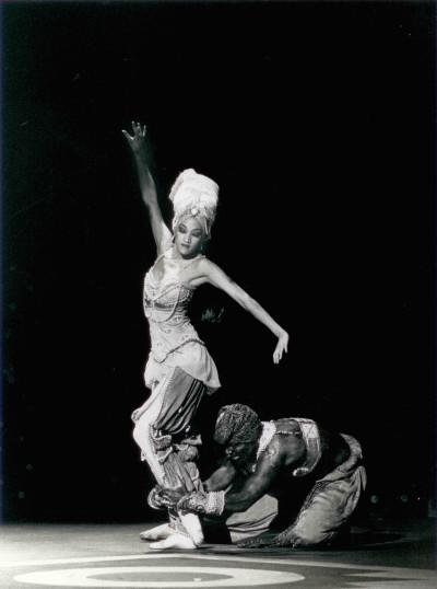 "Joy Gim and Ron Thiele in Oakland Ballet's 1990 performance of Michel Fokine's ""Scheherazade."" (Photo: John Markowski)"