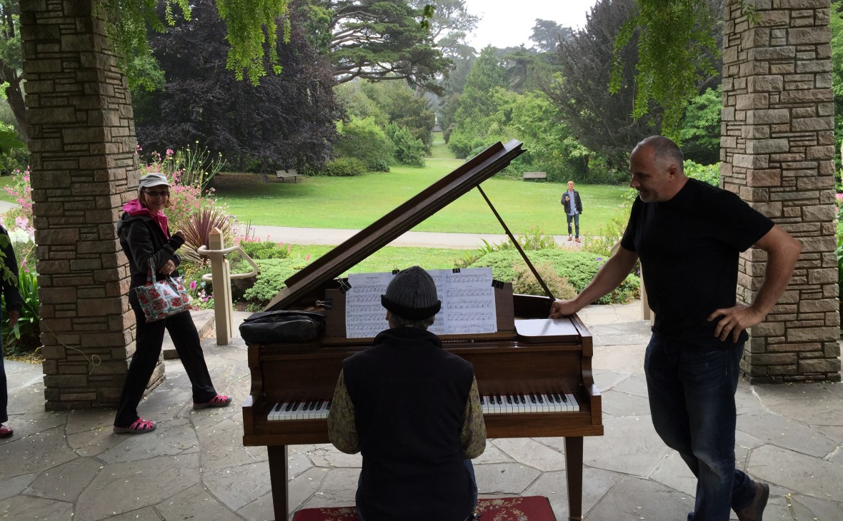 "Mauro ffortissimo at the keyboards and Dean Mermell at ""Flower Piano"" in the San Francisco Botanical Gardens"