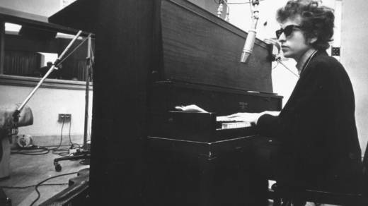 Bob Dylan in the studio in the summer of 1965, while recordingHighway 61 Revisited,which was mostly produced by Bob Johnsto