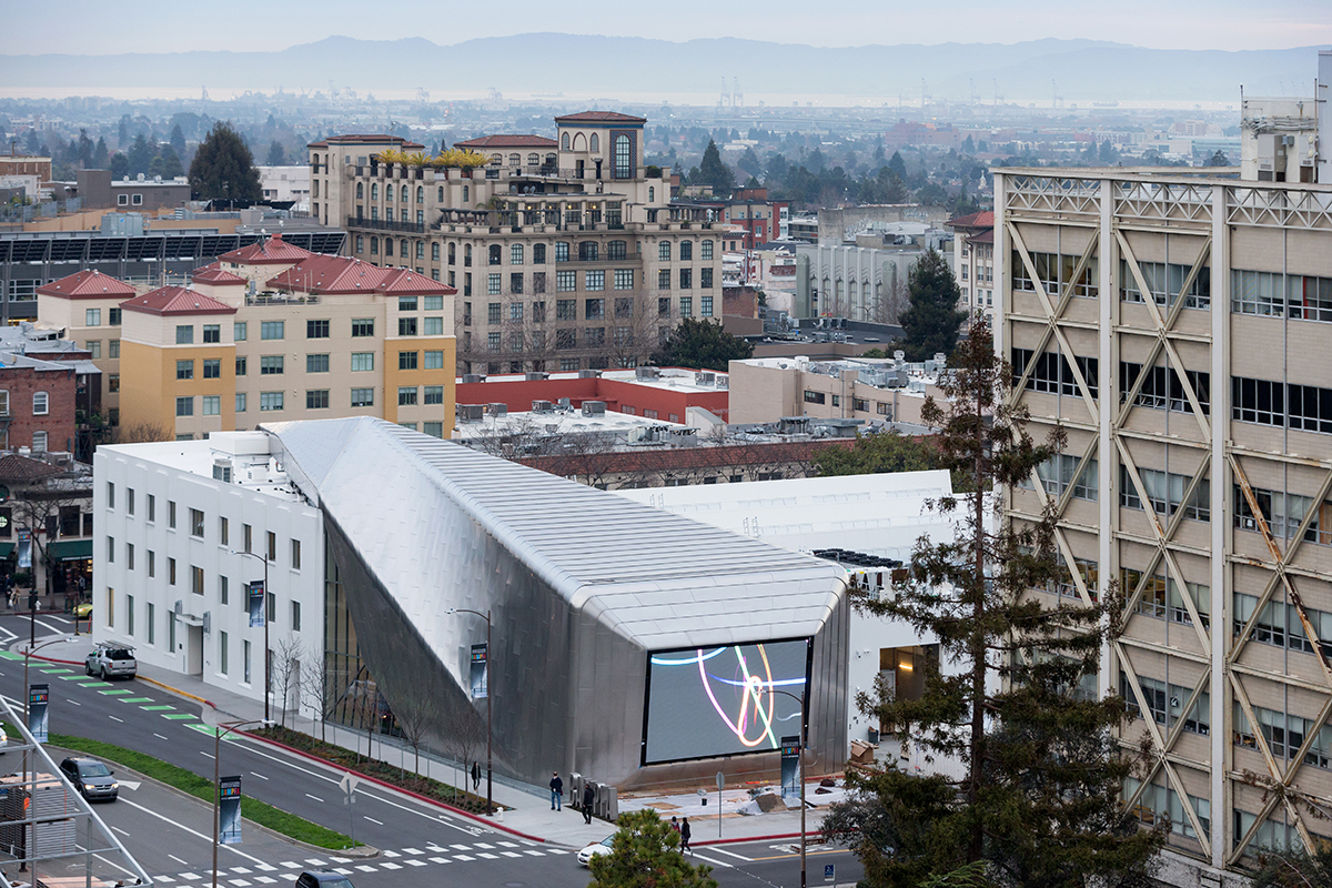 Diller Scofidio + Renfro, UC Berkeley Art Museum and Pacific Film Archive, 2016; Aerial view from the UC Berkeley Campus.