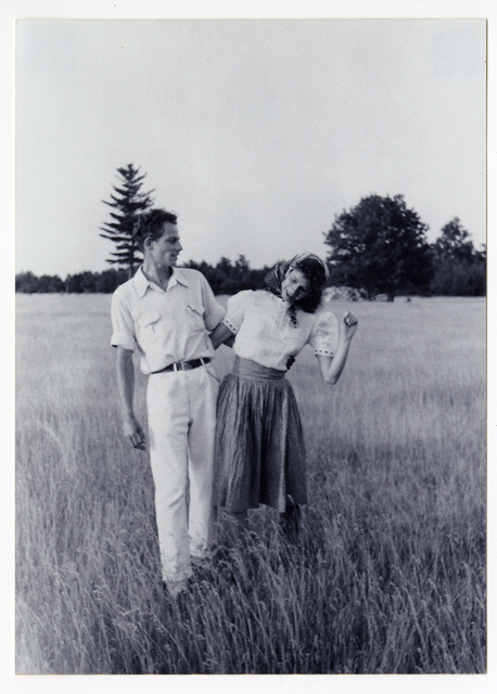Photographer unknonwn, Anna and Lawrence Halprin, circa 1940.