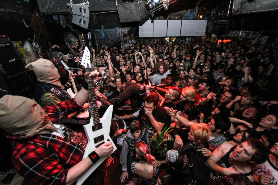 Ghoul perform at 924 Gilman in 2015.