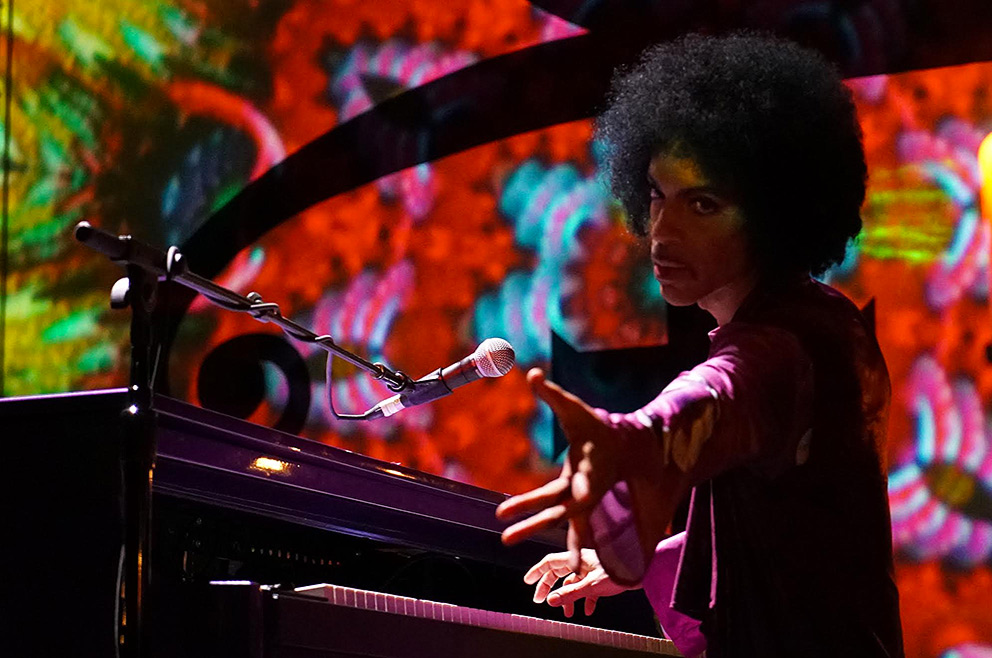 Prince's 'Piano and a Microphone' tour features a fast-changing string of hits.