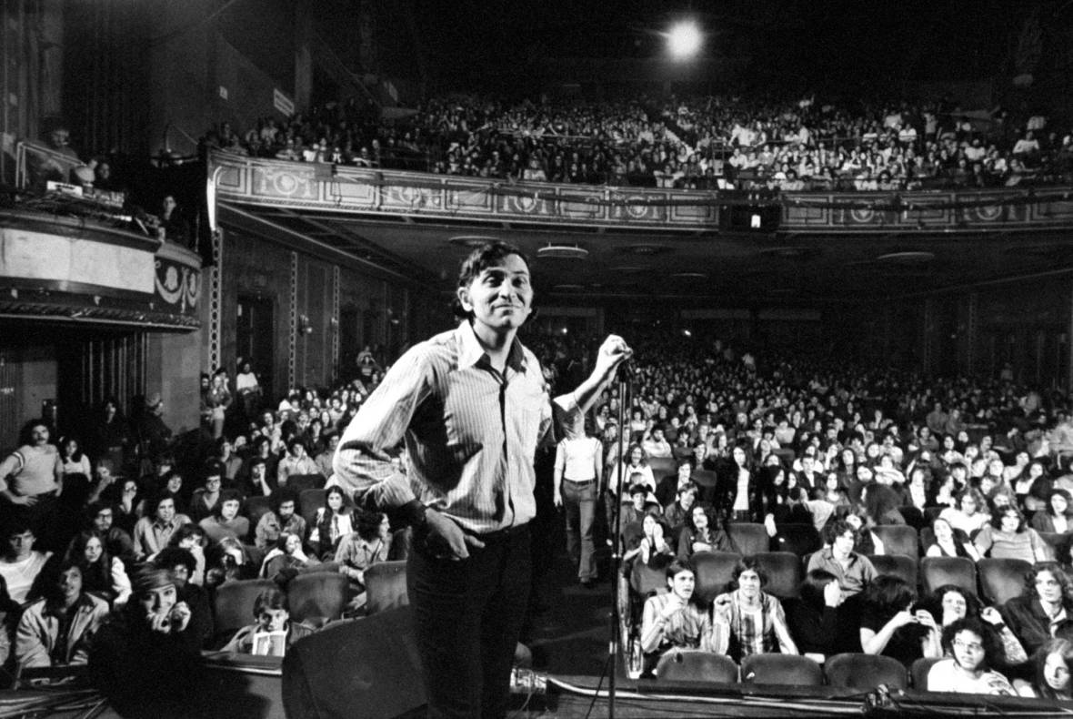 Bill Graham onstage before the final concert at Fillmore East, New York, January 1, 1971.
