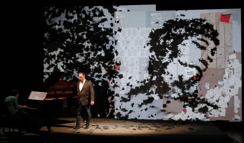 Matthew Goerne sings Winterreise in a multimedia show produced by William Kentridge
