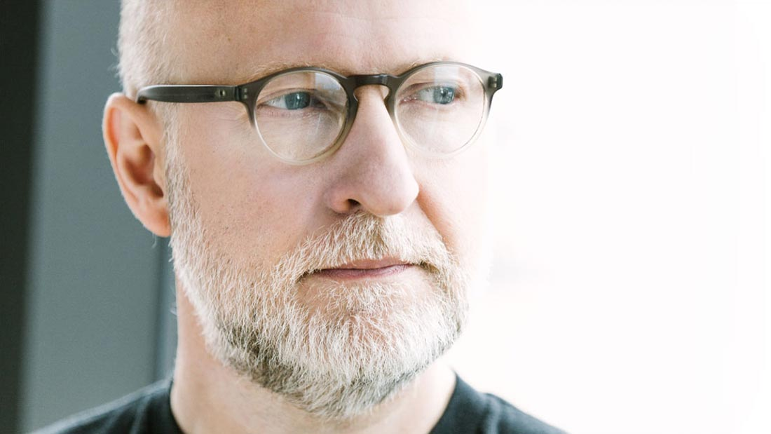 Listen In: Bob Mould, 'Voices in My Head'