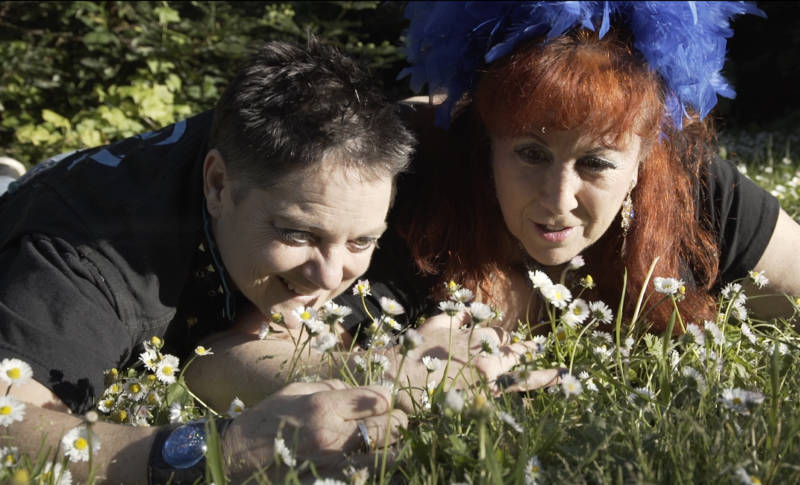 Ecosex artists Beth Stephens and Annie Sprinkle get cozy with the daisies