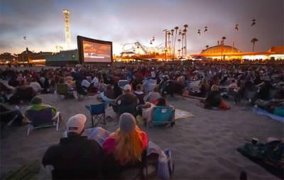 Free Movies on the Beach at the Santa Cruz Boardwalk