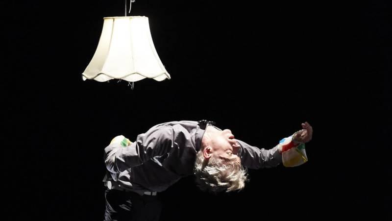 Christian Squires of Post: Ballet in Robert Dekkers' 'Do Be'