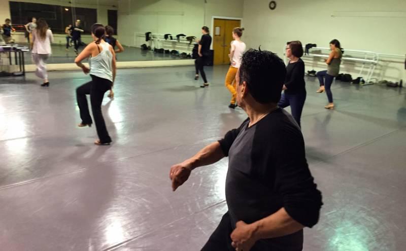 Daniel Genera prepares for a Farruquito flamenco flashmob