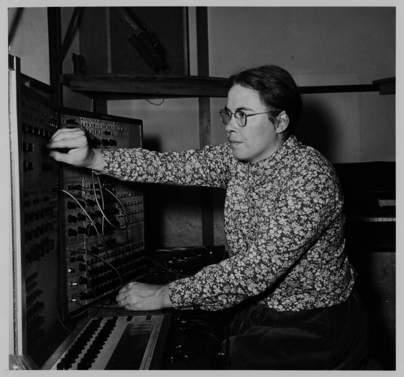 Pauline Oliveros using the Buchla