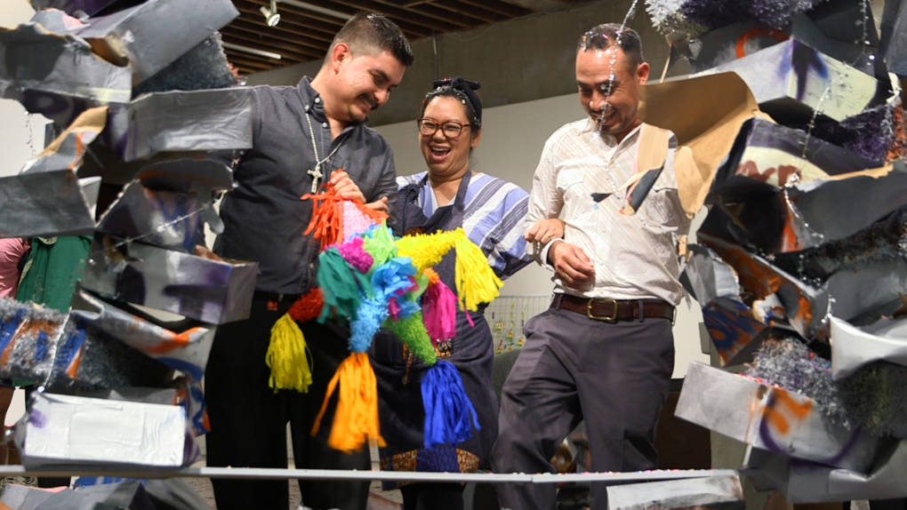 Artist Sita Kuratomi Bhaumik (center) with the makers at Piñatas Las Morenitas