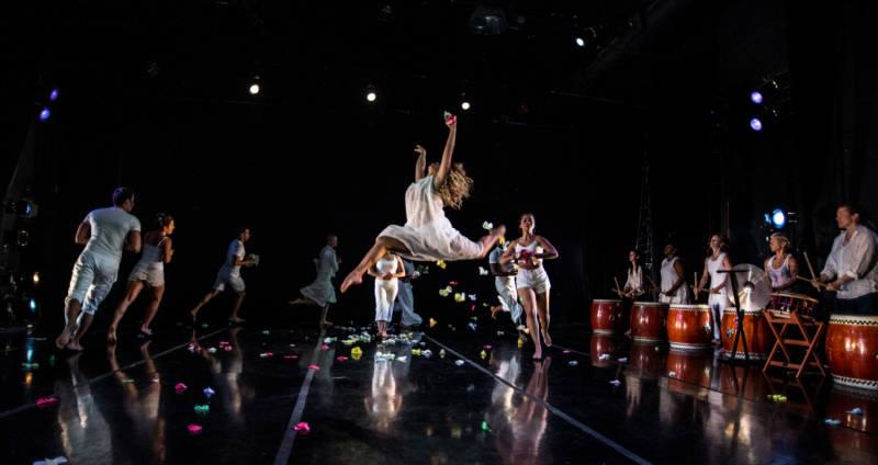 Dance Brigade in Krissy Keefer's Gracias a la Vida (Photo: Robbie Sweeny)