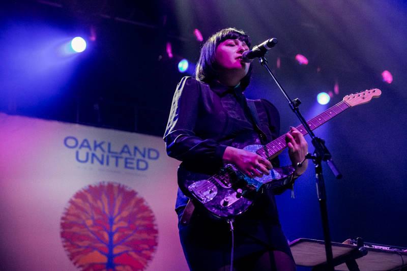 Cash Askew's girlfriend, Anya Taylor, performed in Askew's memory.