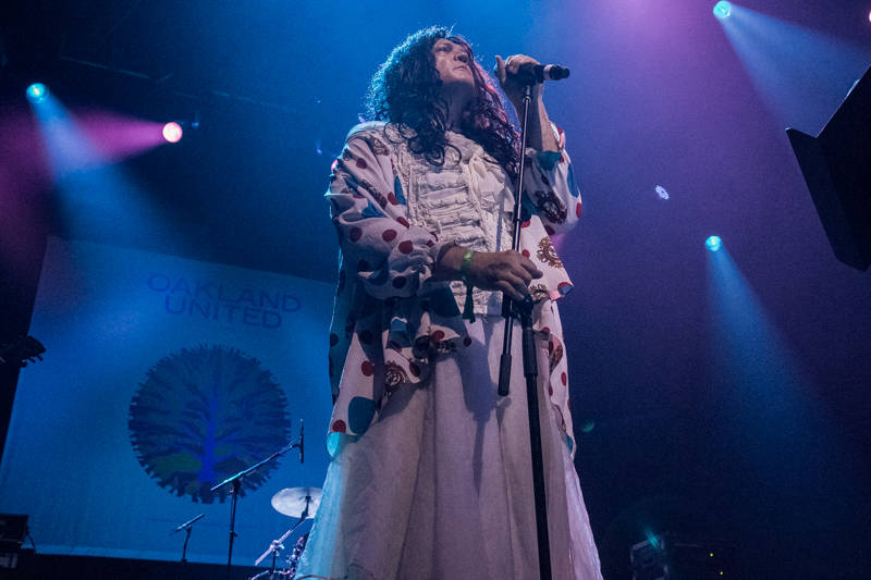 Carletta Sue Kay performs at the Oakland United benefit at the Fox Theater on Dec. 14, 2016.
