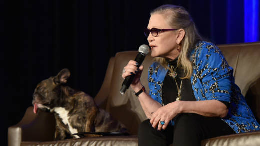 Carrie Fisher speaks onstage during Wizard World Comic Con Chicago 2016