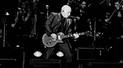 Midge Ure of Ultravox fame plays three shows in Northern California this coming week