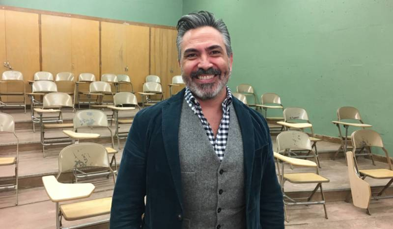 Operatic tenor Jimmy Kansau. The Bay Area-based, Venezuelan singer can be heard singing the fifth verse of the national anthem in KQED Arts' video collage.