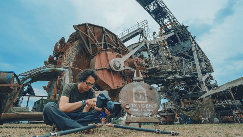 Behind the scenes with Benjamin Von Wong at Ferropolis.