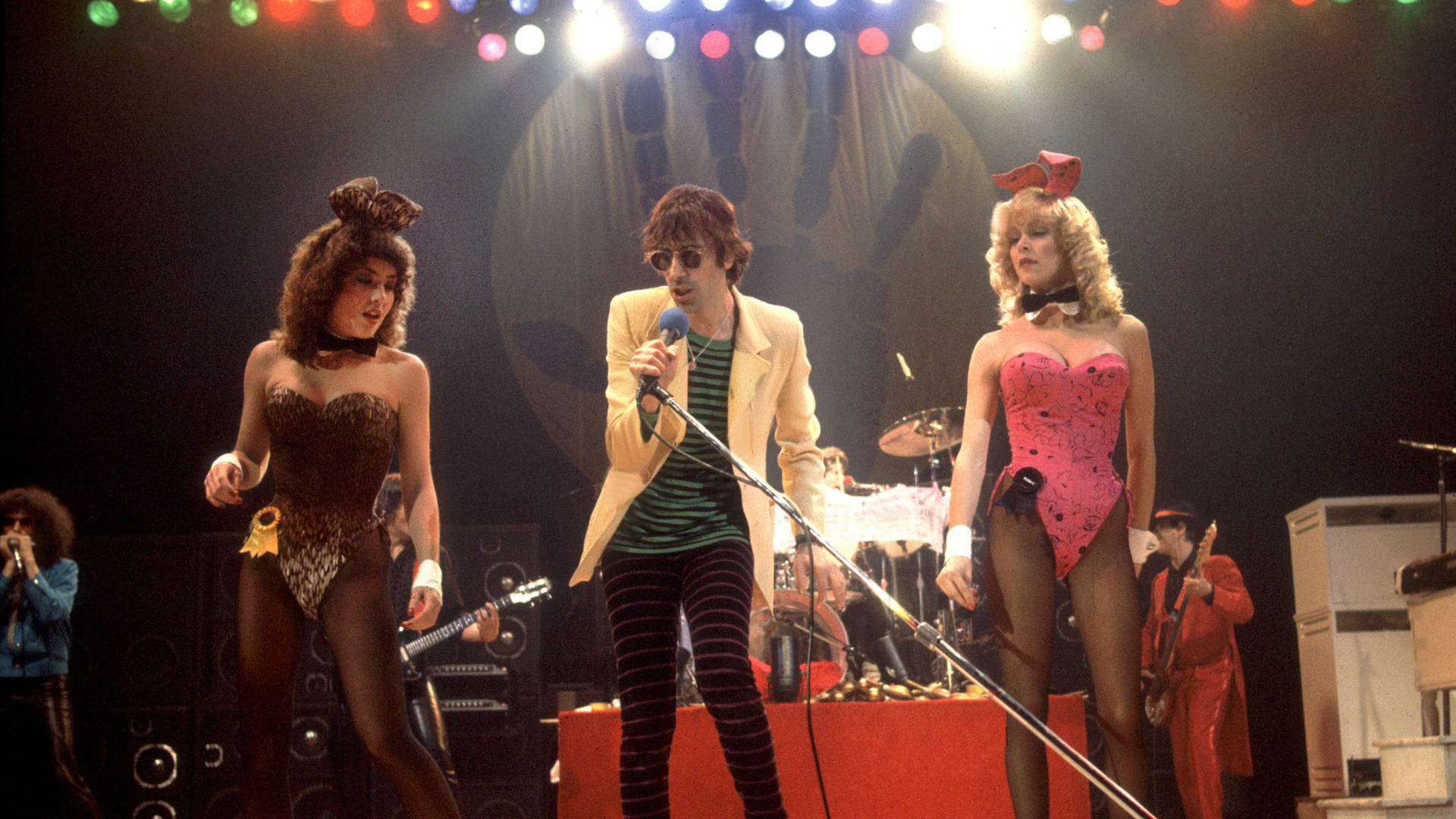 The J Geils Band celebrates the release of its single 'Centerfold' at the Uptown Theater in Chicago, Ill. on November 19, 1981. Photo: Paul Natkin/Getty Images