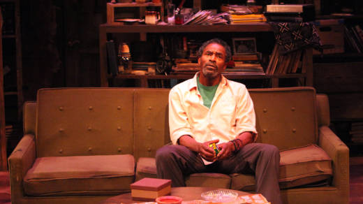 Gil Scott Heron (Carl Lumbly) thinks about the whole scope of his life in 'Grandeur' by Han Ong.