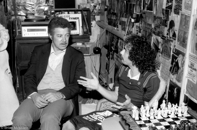 Kenny Burrell & Carlos Santana. Carlos went to catch Kenny's show at Keystone Korner, San Francisco, Feb. 9, 1983.