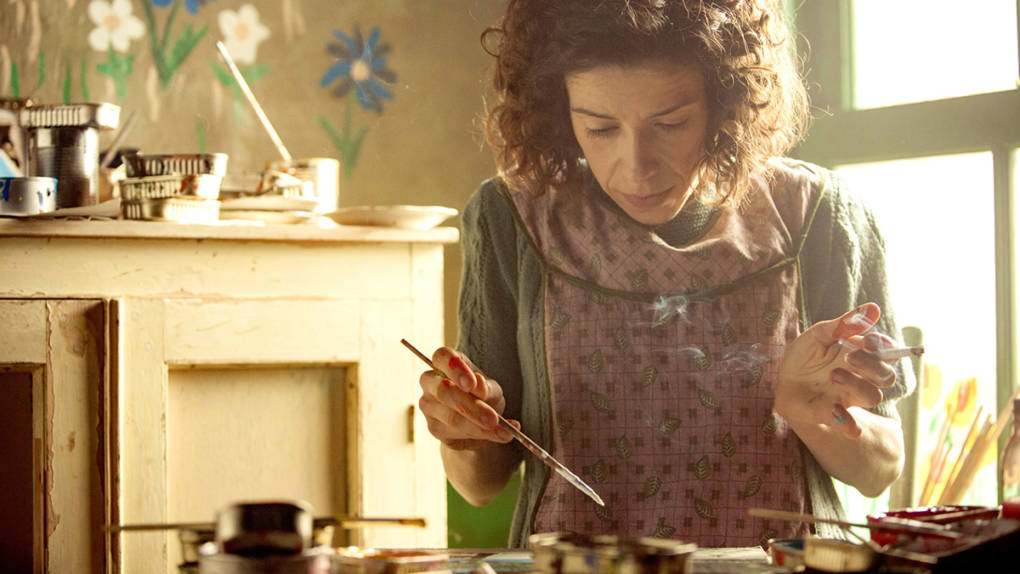 Sally Hawkins as Canadian folk artist Maud Lewis in 'Maudie.'