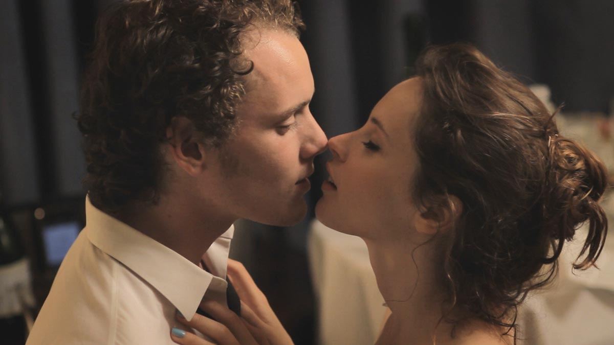 Anton Yelchin and Felicity Jones in 'Like Crazy.'