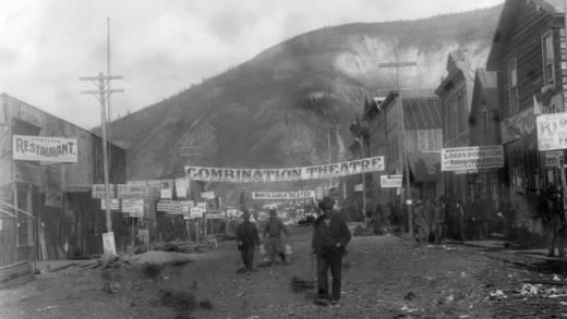 First Avenue in Dawson City, circa 1898.