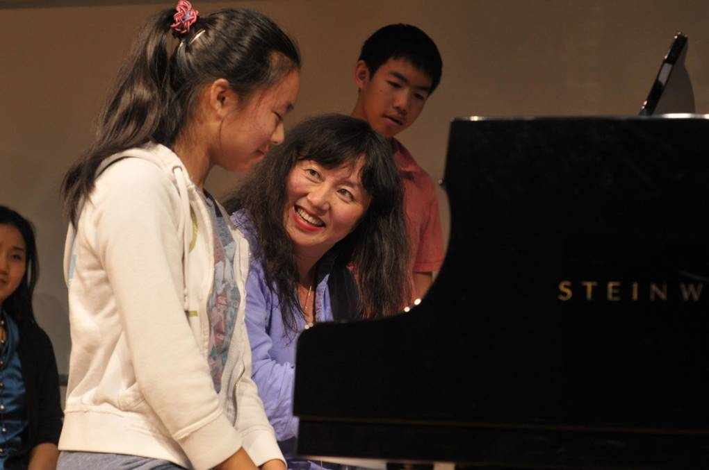 Artistic co-director Wu Han leads a master class at Music@Menlo.