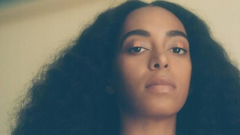 Solange comes to the Greek October 20th