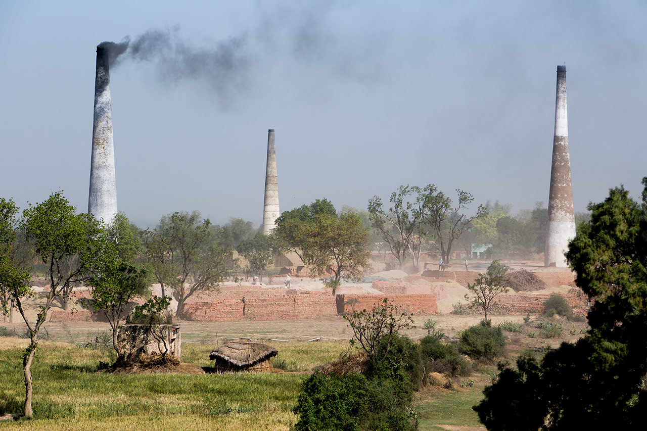 Smokestacks in India in 'An Inconvenient Sequel: Truth to Power.'