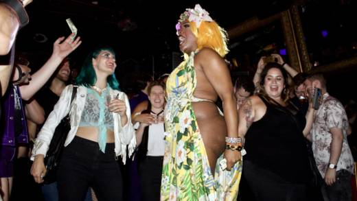 Bionka Simone walks into the crowd while performing a lip-sync to 'What's Up' by the 4 Non Blondes on Sept. 22.