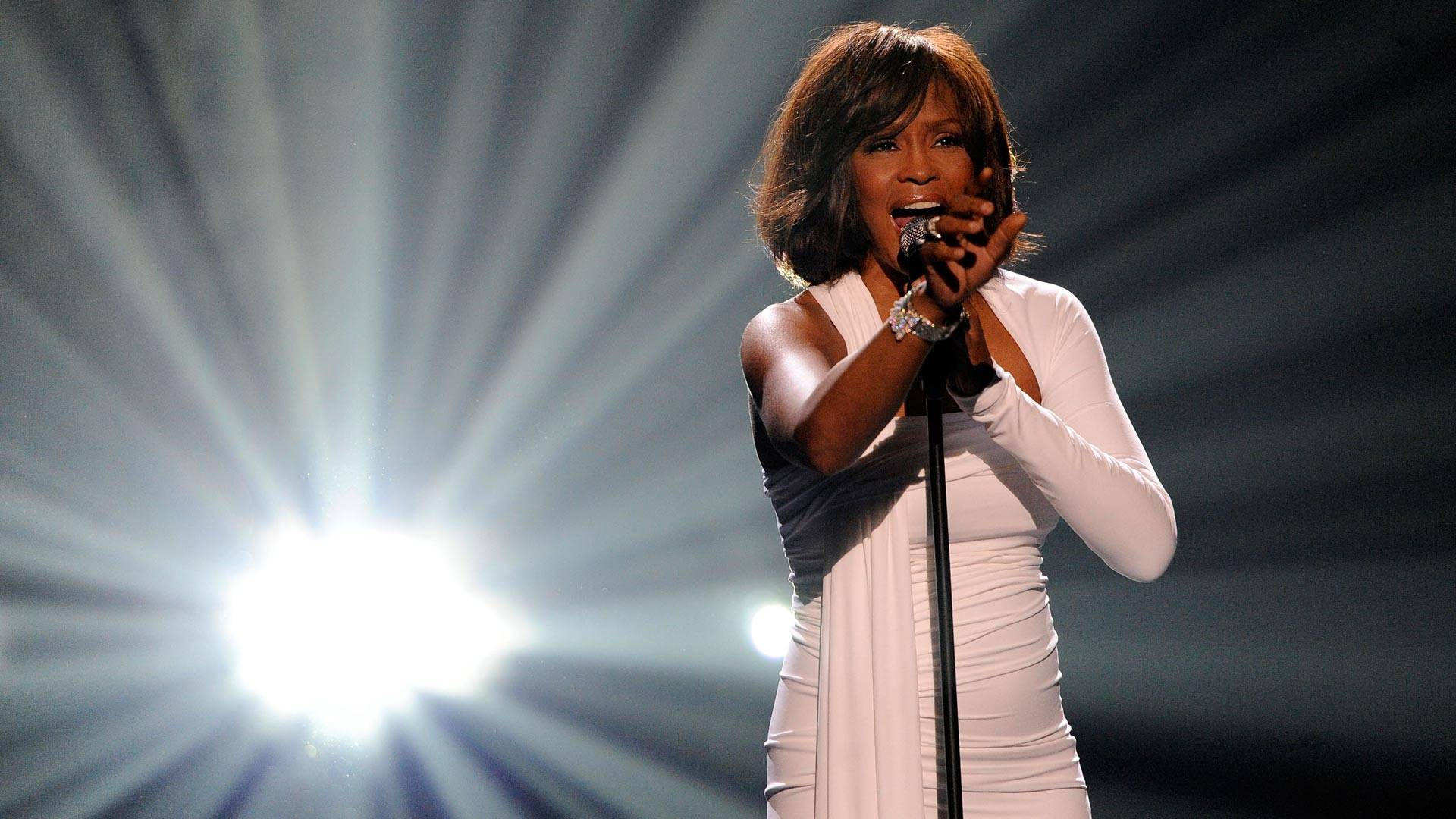 Whitney Houston onstage at the 2009 American Music Awards at the Nokia Theatre on November 22, 2009 in Los Angeles.  Kevork Djansezian/Getty Images