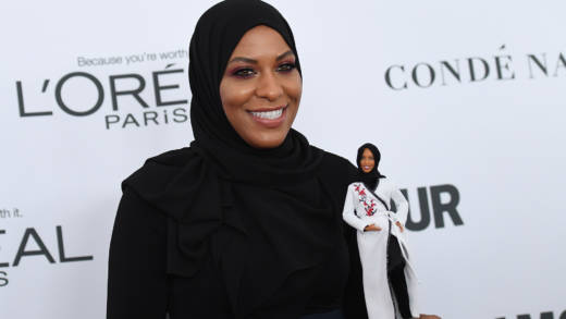 Ibtihaj Muhammad attends Glamour's 2017 Women of The Year Awards at Kings Theatre on November 13, 2017 in Brooklyn, New York.
